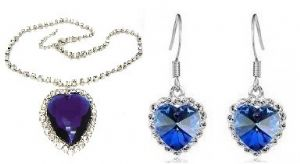 Titanic Heart of the Ocean Earrings and Pendant set Pre-Order